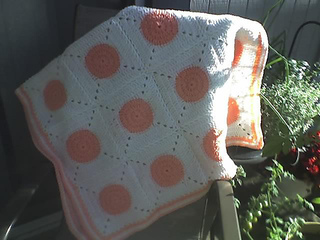 Bouncy_ball_baby_blanket_small2