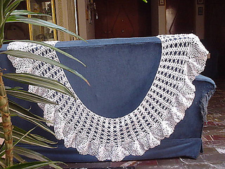 Ananas_shawl_test_02_finished_medium_small2