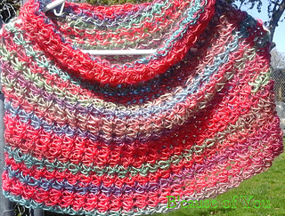 Star_stitch_capelet_rh_unforgettable_in_parrot_small2