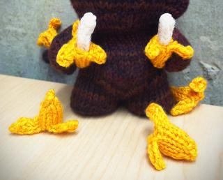 Img_2380_bananas_cropped_small2