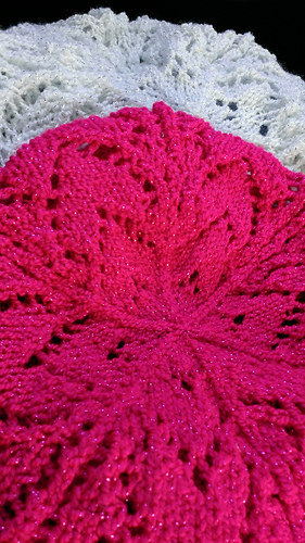 Elf Knitting Hearts : Ravelry lacy hearts beret pattern by mirkwood elf