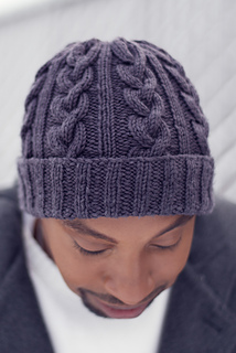 Knitted_hat_photoshoot-2_small2