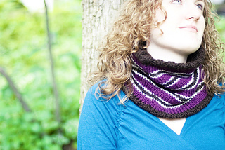 Frederica_cowl_striped_side_by_ariane_lacoste__2__small2