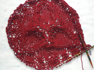 Chalice_shawl_002_small2
