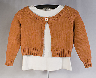 Longsleevecroppedcardiforetsy_small2