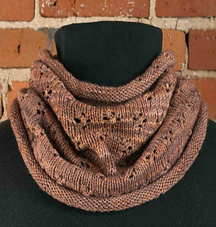 Little-flowered-cowl-etsy-rav_small2