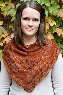 Crystal-tracery-cowl-front_small2