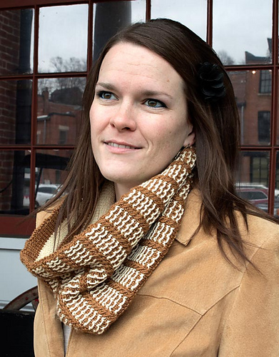 Gingerbread Cowl PDF