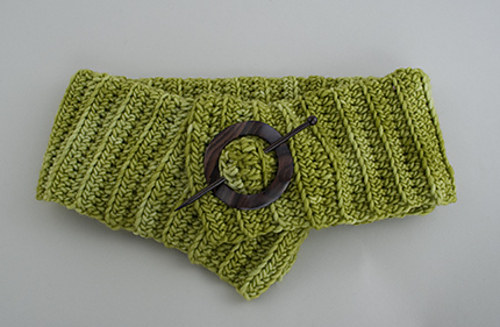 Pin-me-up-scarf-green-for-etsy_medium