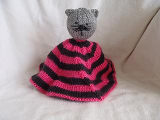 Stanascrittersetc_kittie_blanket_2_small2
