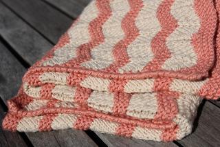 Baby_cashmerino_ripple_blanket__7__small2