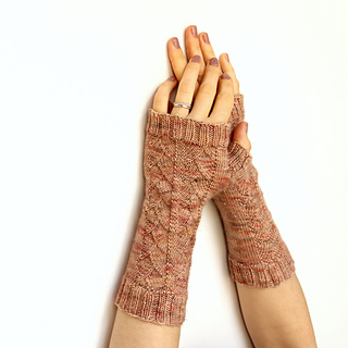 Cup-of-tea-mitts3square_small2