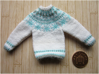 Snowflake_jumper3_small2