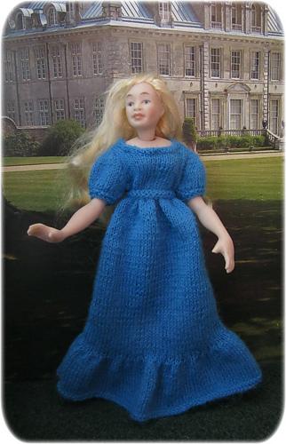 Bridesmaid_dress_blue_medium