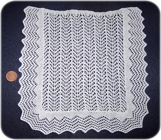 Lace_bedspread3_small2