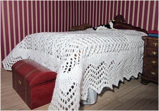 Lace_bedspread1_small2