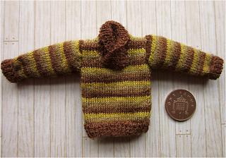 Autumn_jumper_striped_small2