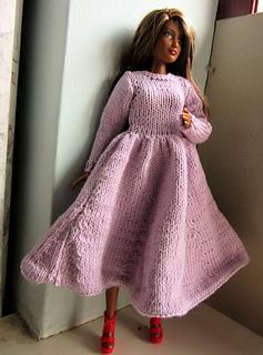 Curvy_barbie_6_small2