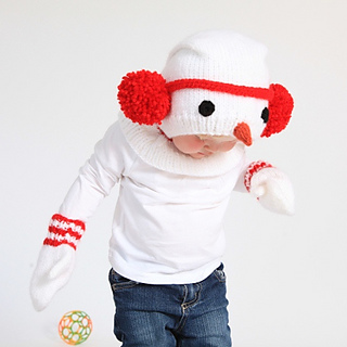 Ravelry: Knitted Snowman Hat and Mittens pattern by Nuriya Khegay