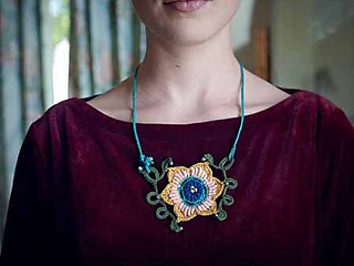 Lacey-necklace-0005_small2