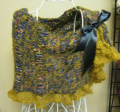 Mohair_capelet_small
