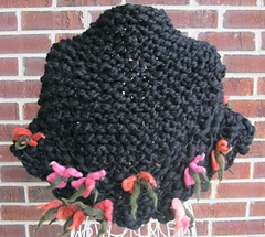 Blossoming_capelet_back_small