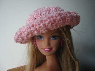 Barbie_hat_front_small2
