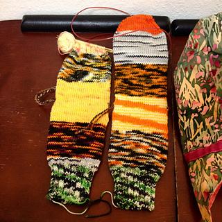 2014_halloween_socks_small2