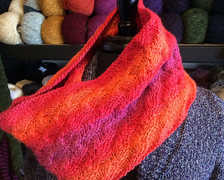 Opus_spiral_cowl_small2