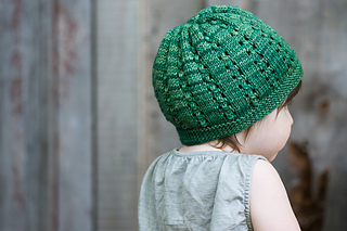 Aibhie_s_hat-9635-2_small2