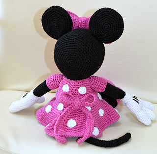 Ravelry: Mini Minnie Mouse Amigurumi pattern by Laila Saide