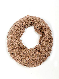 Extra_fine_cable_cowl_pattern_small2