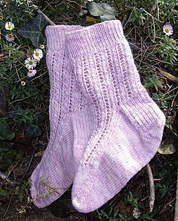 Lace_n_cables_small2