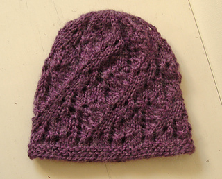 Heather_lace_beanie_5_small2