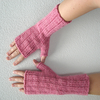 Pinstripe_gloves_6_small2
