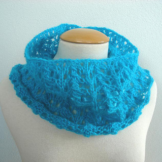 Turquoise_openwork_scarflette_3_small2