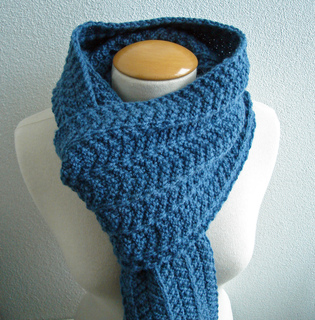 Heringbone_reversible_scarf4_small2