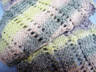 Scarf_with_two_right_sides5_small2