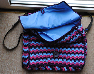 Mesmerising_messenger_bag_july_2014_small2