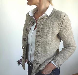 Chanel-cardigan-_small2