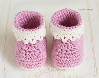 Pink_lady_baby_booties_free_crochet_pattern_2_small2