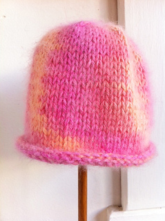 Angel_baby_hat_small2
