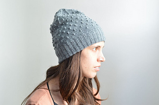 Grey_diode_hat_hand_knit_1s_small2