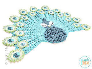 Pavo_the_peacock_rug_crochet_pattern_by_irarott__4__small2