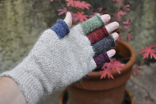 Rainbow_mitts_1_12_small2