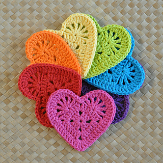 Free Crochet Pattern Heart Coaster : Ravelry: Granny Heart Coaster & Motif pattern by Divina Rocco