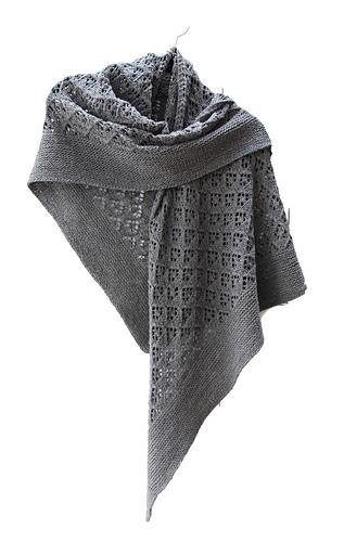 Capella_shawl_hanging_medium