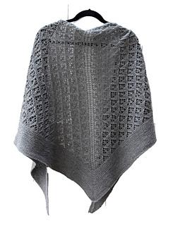 Capella_shawl_hanging_back_small2
