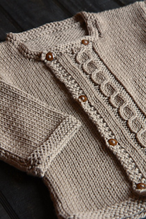 Bergere_swater_detail_small2