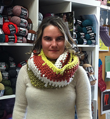 Slp_large_cowl_-_wrapped_small